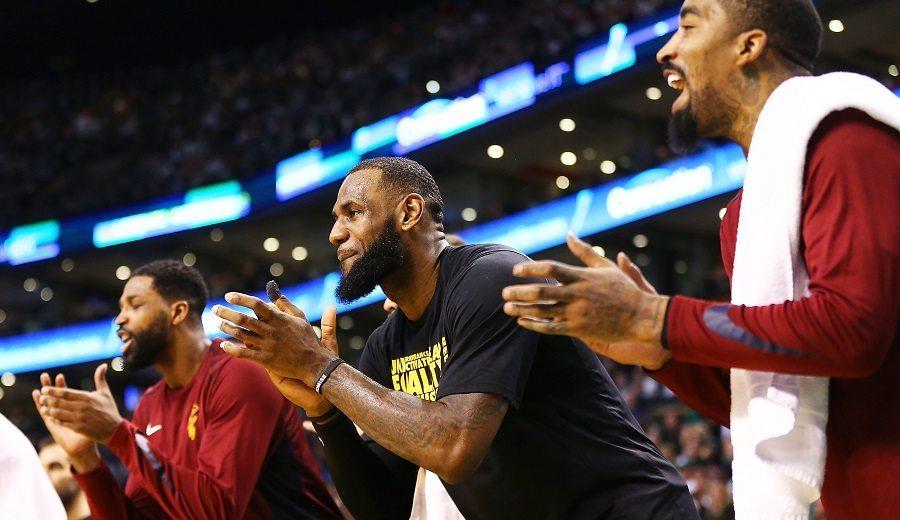 """LeBron elogia a los nuevos Cavs: """"Es como si llevaran aquí ya un tiempo"""""""