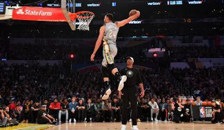 La NBA se salta una norma para que Nance Jr. homenajee a su padre