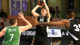 Así juega el estonio Mikk Jurkatamm, una de las perlas del basket europeo