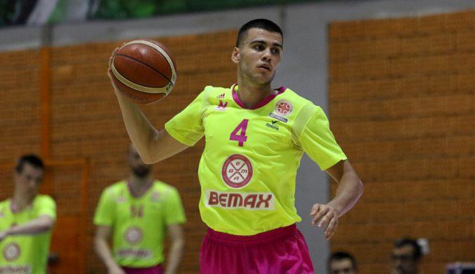 Nikola Rebic, el recambio para Ricardo Fischer en el Bilbao Basket