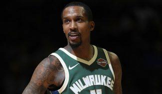 El regreso soñado de Jennings a la NBA: «Me siento un novato otra vez»