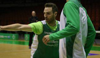 Txemi Urtasun regresa a Sevilla: el Betis oficializa su fichaje por un mes