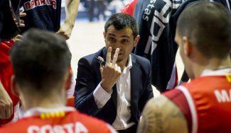 El Manresa prescinde de su entrenador a una semana del 'playoff'