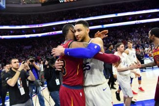 ¡Espectacular! Ben Simmons se lleva un duelo memorable contra LeBron James
