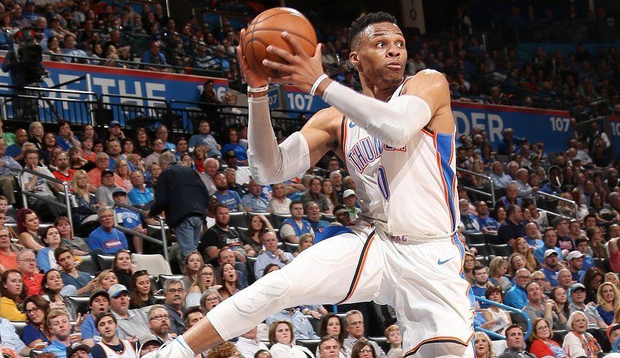 Russell Westbrook vuelve a hacer historia a base de triple-doble