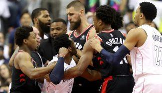 Los Wizards ganan a los Raptors en un partido repleto de trifulcas