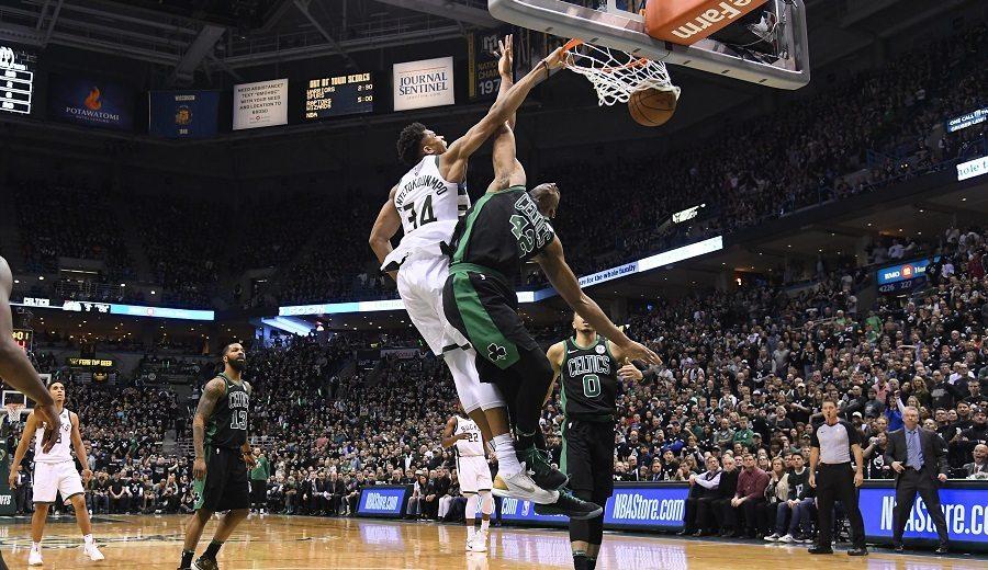 Antetokounmpo revienta de nuevo y los Bucks empatan a los Celtics