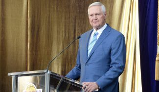 Jerry West resta méritos a los Lakers en el fichaje de LeBron James