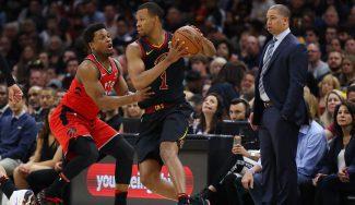 Rodney Hood agua la fiesta de los Cavaliers con una controvertida decisión