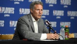 Los 76ers no se cargan 'El Proceso': Brett Brown, renovado