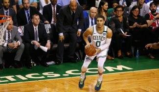 Los Celtics de Jayson Tatum ganan y ya rozan las Finales de la NBA