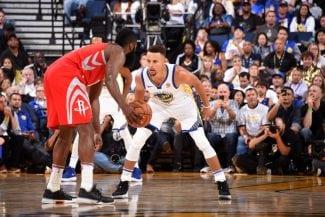 Curry se pronuncia sobre la capacidad de Harden para forzar faltas