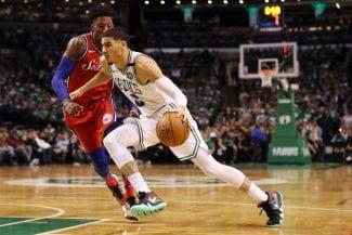 Jayson Tatum, Larry Bird y el troleo de los Celtics a Ben Simmons
