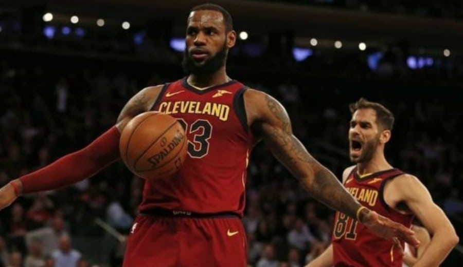 Final NBA: LeBron anota 51 pero los Warriors ganan en la prórroga