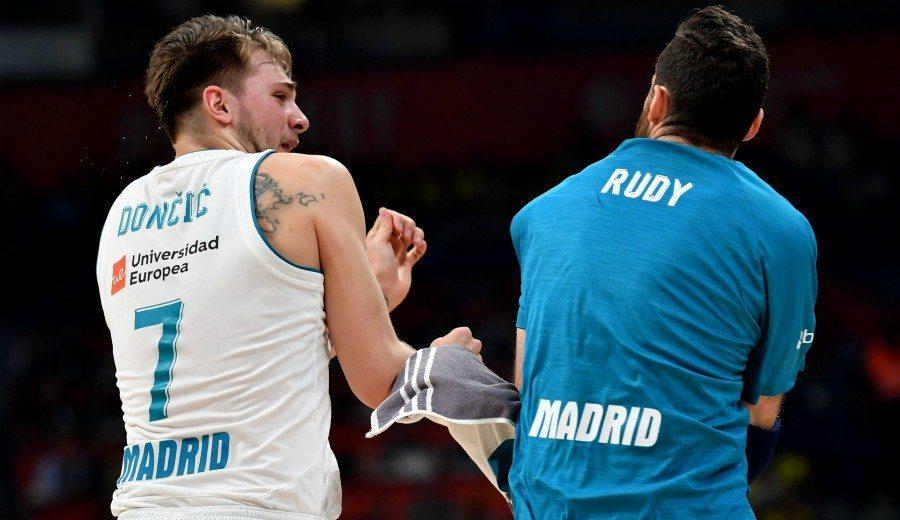 El Real Madrid va de menos a más y se mete en la gran final