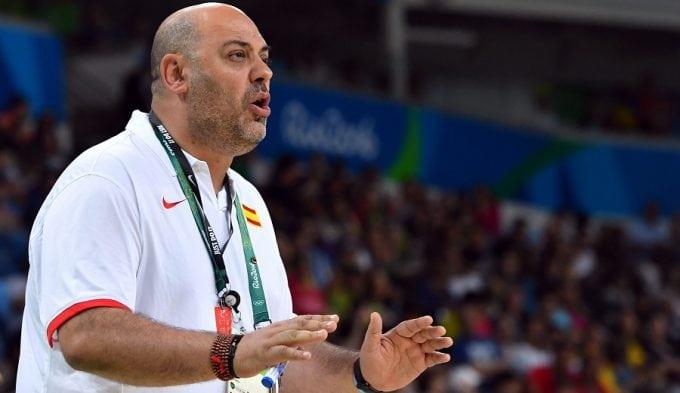 Lucas Mondelo, elegido por los fans como mejor entrenador de la Euroliga