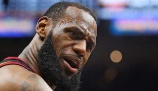 Jugadores de toda la NBA intentan reclutar desde ya a LeBron James