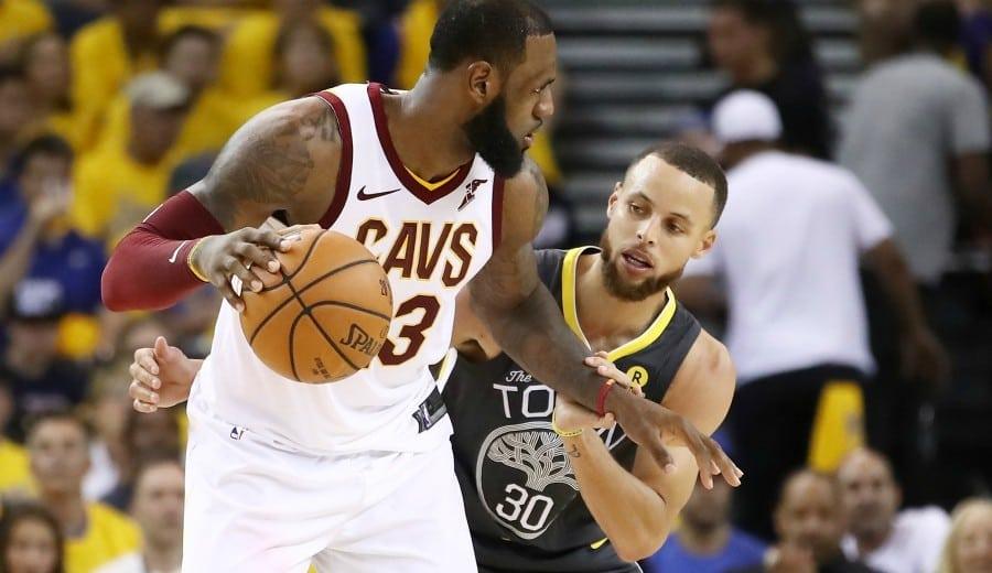 Lo mejor de Curry y LeBron en los dos primeros partidos de las Finales