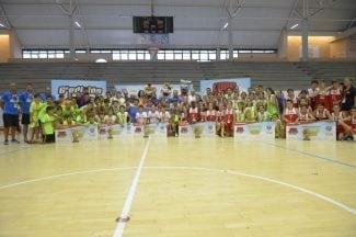 La sexta edición de la Copa COVAP celebra su fase final con una participación de 4.000 niños de 257 equipos de fútbol y baloncesto