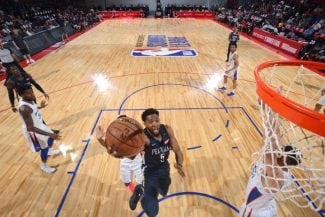 Los Wizards le dan otra oportunidad en la NBA a Chasson Randle