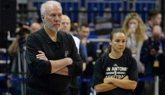 Popovich explica el ascenso de Becky Hammon: «Es una entrenadora especial»