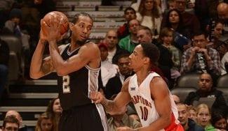 Los Spurs traspasan a Kawhi Leonard a Toronto por DeMar DeRozan