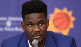 Palo para los Suns de Ricky: 25 partidos de sanción a DeAndre Ayton