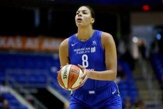 Liz Cambage bate el récord histórico de anotación de la WNBA