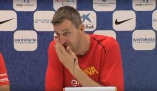 El emocionante momento de Fran Vázquez en rueda de prensa con España
