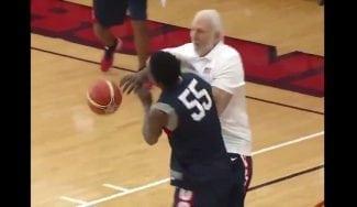 La selección USA se divierte: Westbrook imita a Harden y Popovich 'reparte leña'