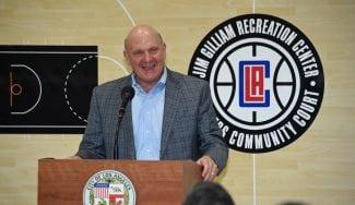 Los Clippers no pasarán «años de mierda como los 76ers», dice su dueño
