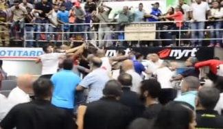 Horror en Valencia: batalla campal en mitad de la final de la LPB venezolana