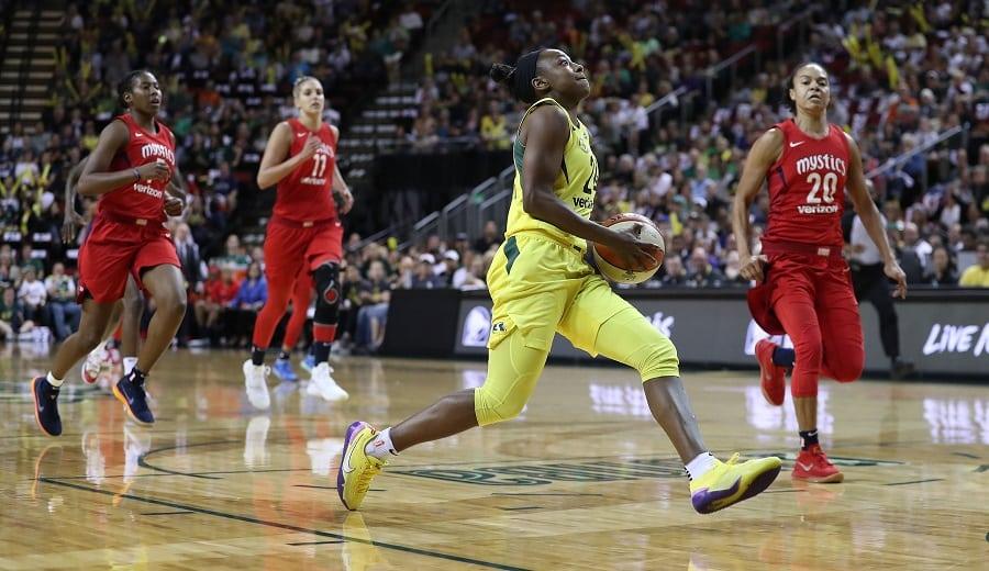 Las Storm se adelantan a las Mystics en las finales de la WNBA