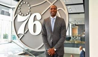 El nuevo GM de los 76ers admite que les falta algo para luchar por la NBA
