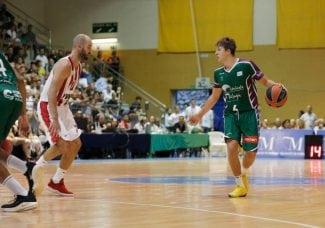 El hijo de Scariolo debuta ante el Olympiacos de Spanoulis