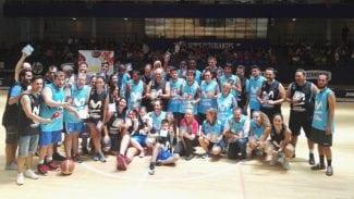 Partido Campeones por la Inclusión con la familia del Movistar Estudiantes