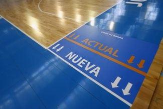 Jugadores, entrenadores y árbitros de la Liga Endesa bendicen la pista más ancha