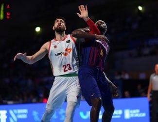 El Baskonia aguanta un último arreón del Barcelona y se mete en la final de la Supercopa