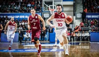 Turquía llama a 8 jugadores de Euroliga para enfrentarse a España