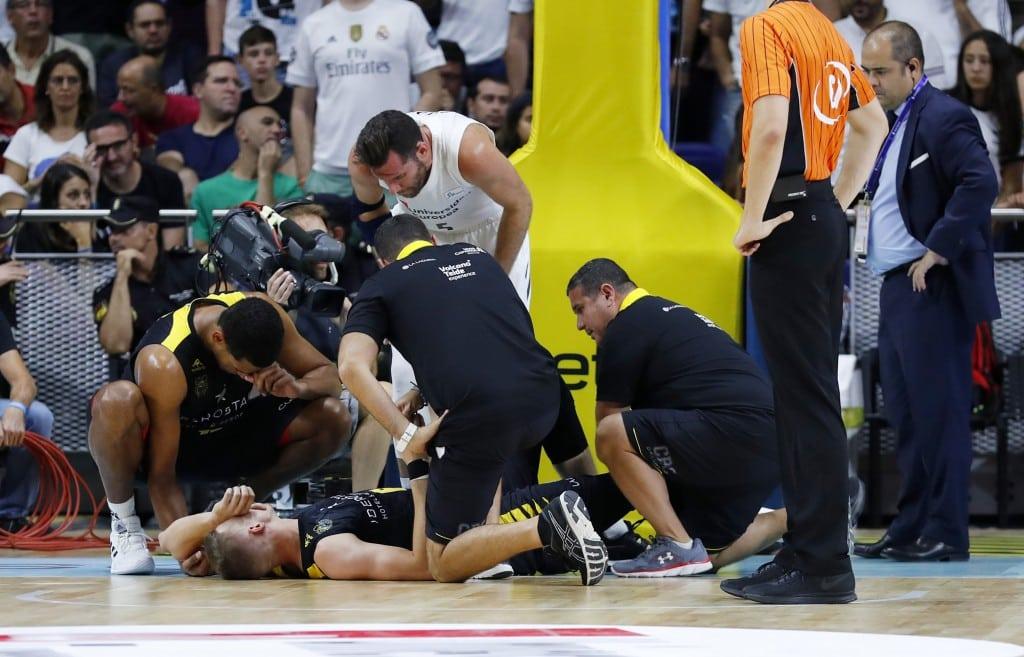 Tomasz Gielo tendrá que ser operado de una grave lesión en la rodilla derecha