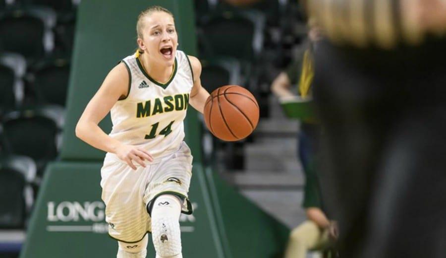Nicole Cardaño sigue con paso firme en su año sophomore en la NCAA