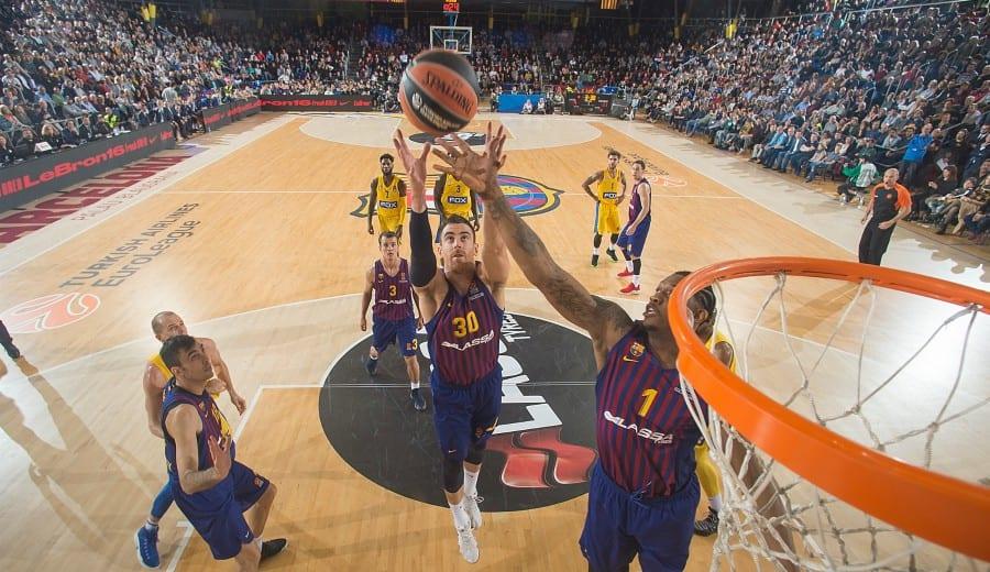 El Barcelona Lassa tira de poderío interior y vence al Maccabi