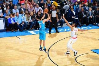El regalazo de Álex Abrines a su abuela: su mejor partido como titular en la NBA