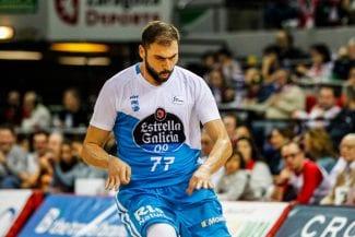 Kostas Vasileiadis, como el vino: MVP de diciembre casi a los 35 años