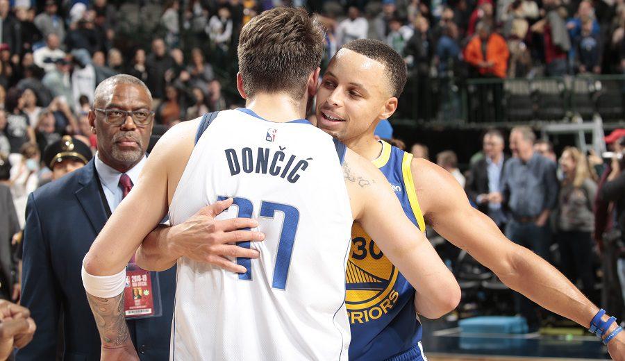 Curry se emplea a fondo ante los Mavs de Doncic: 48 puntos y triple ganador