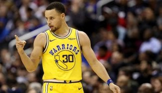 Los Warriors ganan en Washington tras otro recadito a Donald Trump