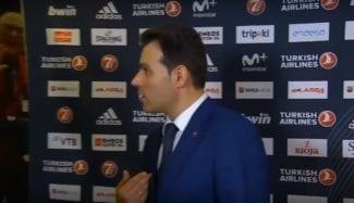 El feo enganchón de un miembro del Barça Lassa con Dimitris Itoudis