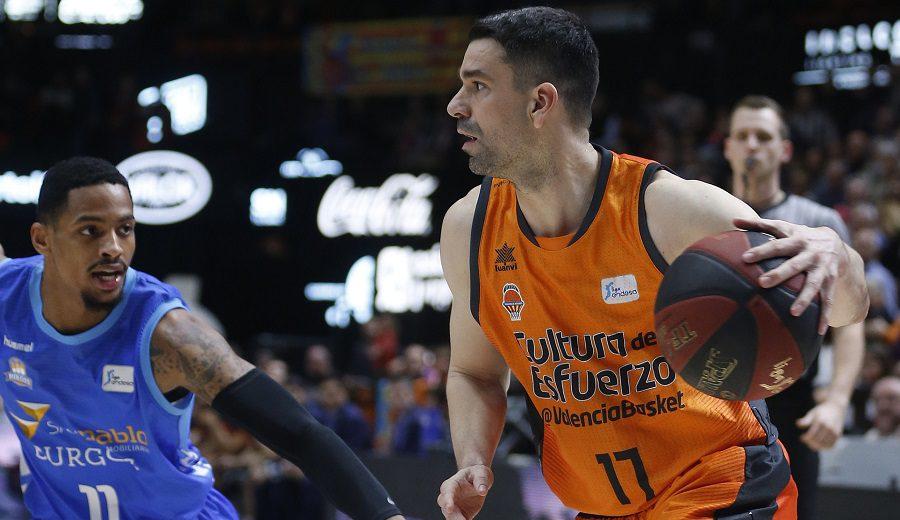 Doble premio en Valencia: victoria y nuevo récord del capitán Rafa Martínez