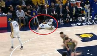 La celebración más accidentada de Stephen Curry