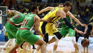 Un Baskonia en cuadro lo intenta pero no puede con el líder Fenerbahçe